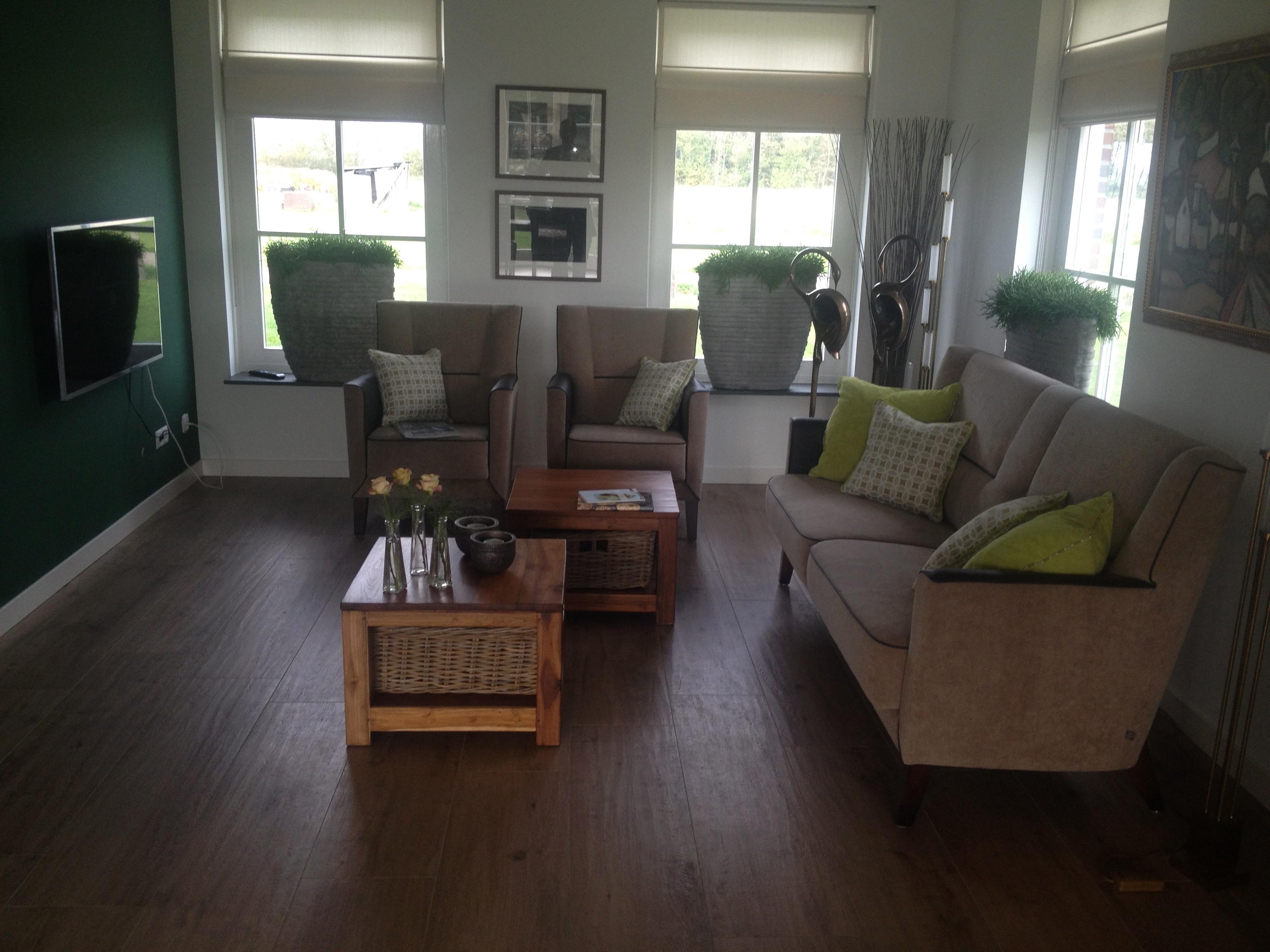 Modern interieur inrichten for Huis laten inrichten