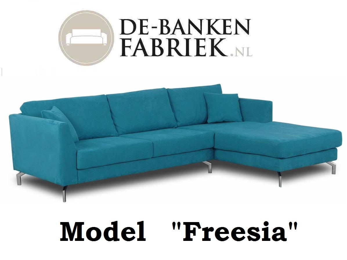 Moderne Strakke Design Bank.Strakke Design Bank De Bankenfabriek